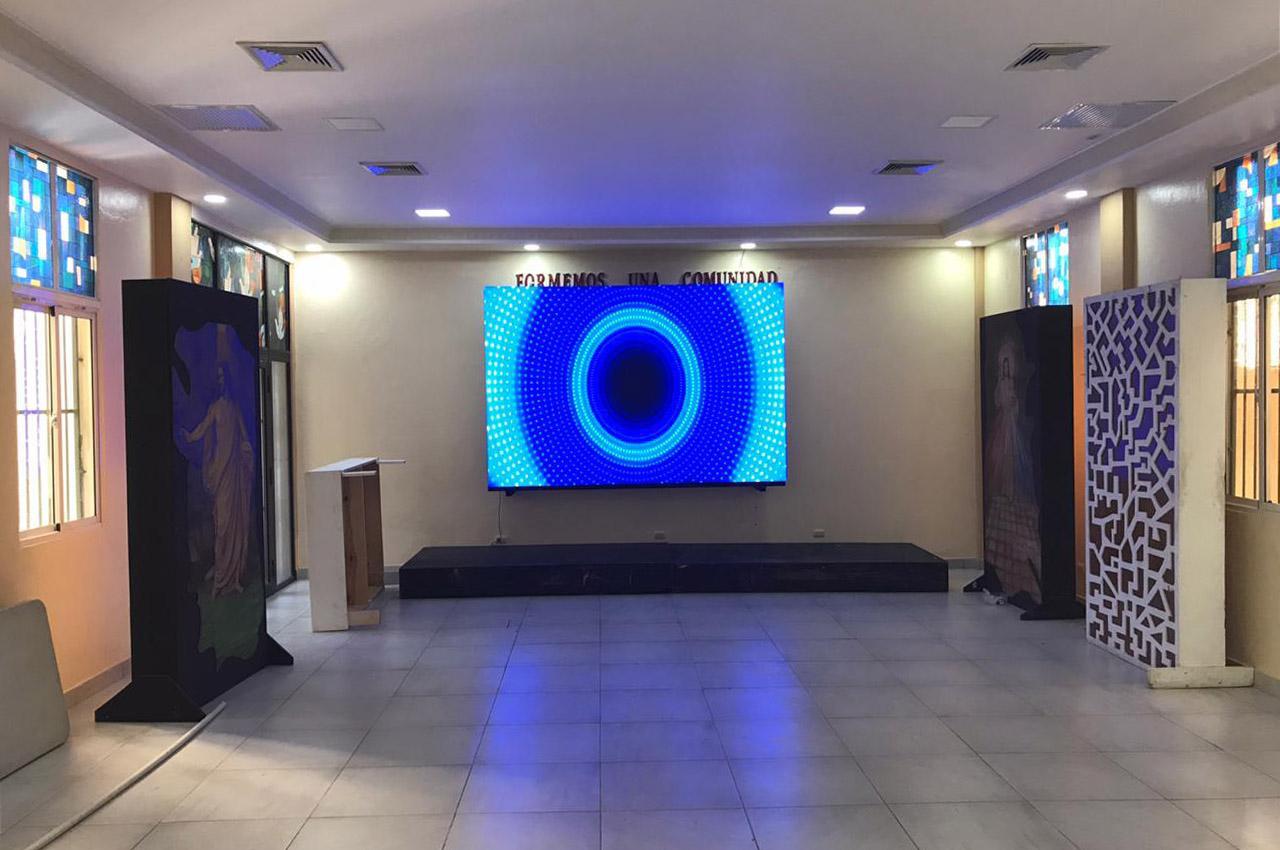 Santo Domingo, . Pantalla Indoor 3x2 P5