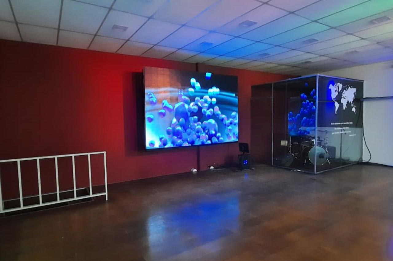 Berazategui, . Pantalla Indoor 3x2 P5