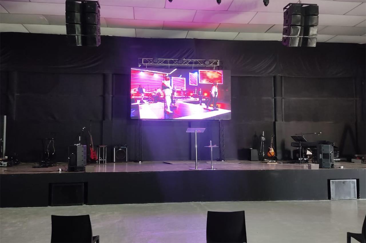 Mendoza , . Pantalla Indoor 4x2 P5