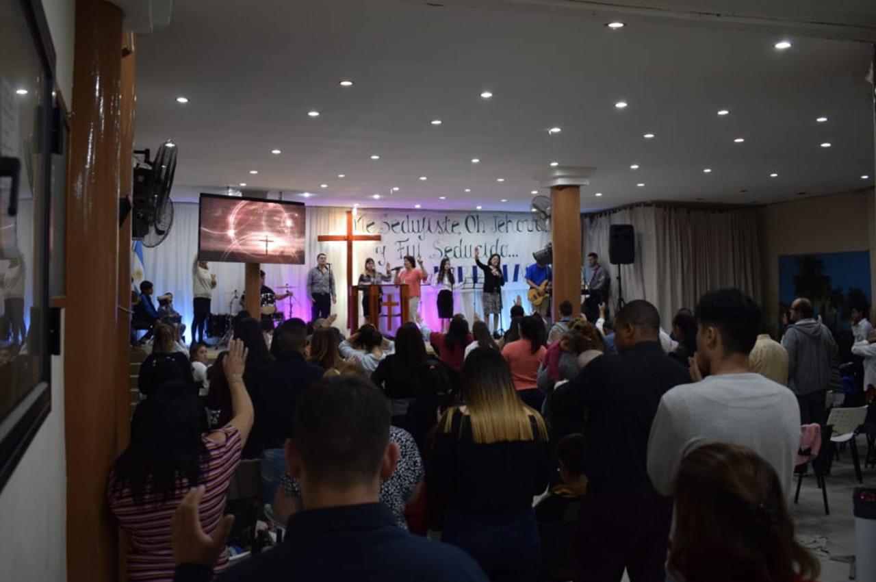 Sarandí, Avellaneda, . Pantalla Indoor 2x1 P5