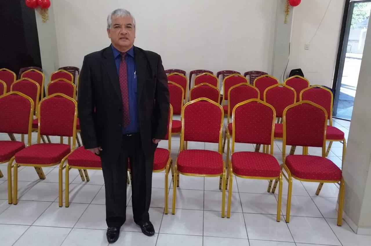 La iglesia Encuentro con la Vida renovó sus sillas con 60 Merubas de la mano de Nexos.