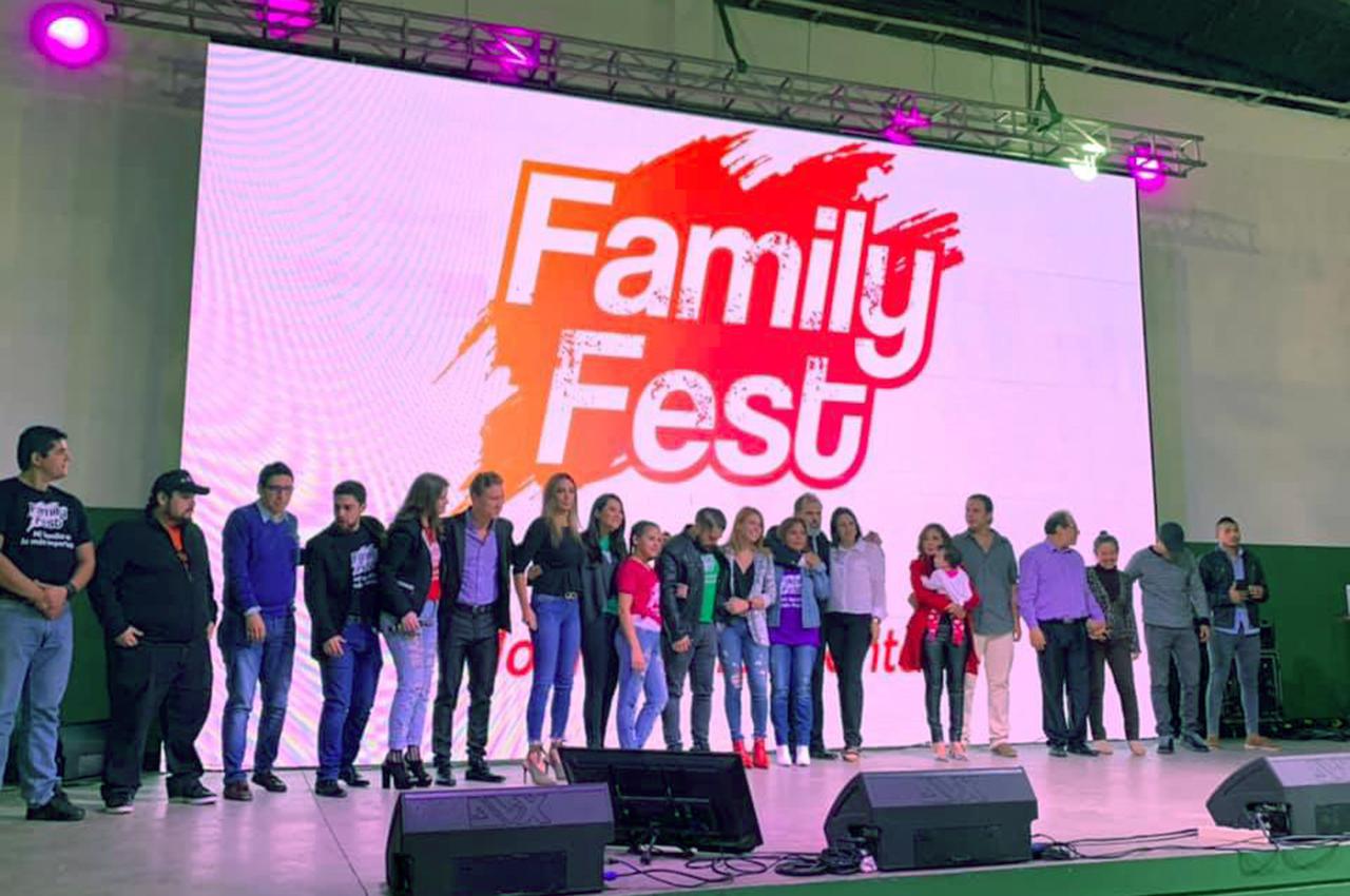 Pantalla de LED Nexos 8x5 en evento Family Fest.