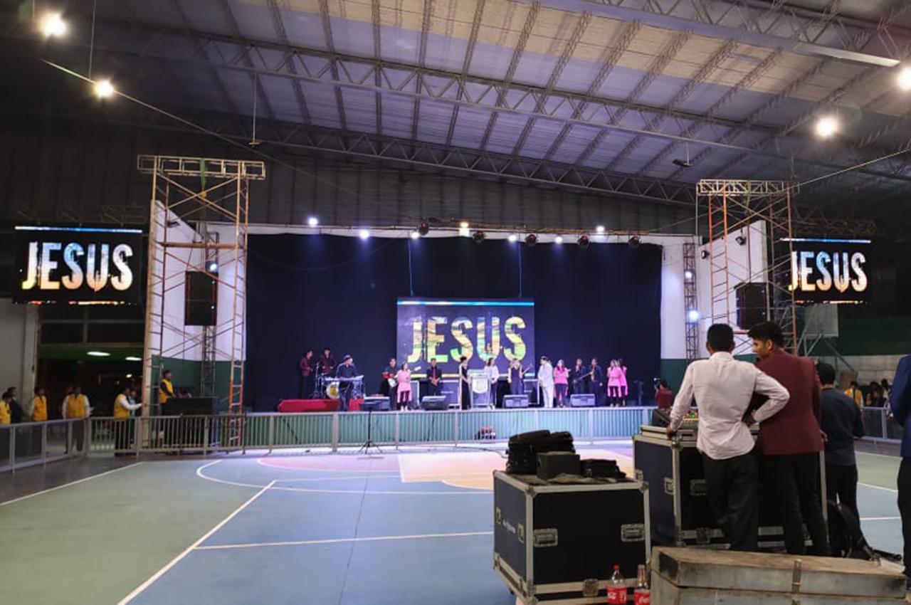 Nexos presente en el Evento Iglesia Poder de Dios en Santa Cruz de la Sierra.